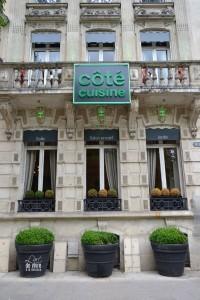 """coté cuisine, coté """"façade"""""""