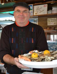 Bernard Paquet, huitres et coquillages à votre service pour vos plateaux de fruits de mer.
